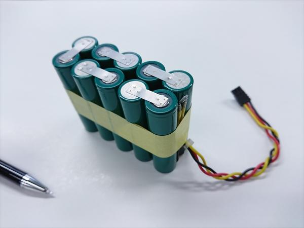 組電池の電池交換  (18650)画像
