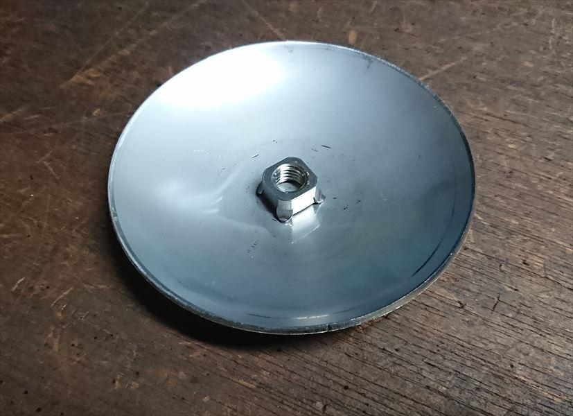 ステンレス絞り部材へのM10ナット溶接画像