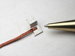 リード線と端子のスポット溶接