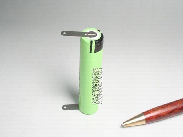 リチウムイオン電池のタブ付け1個から画像