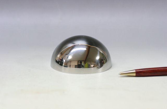 φ70×t1.0 ステンレス半球 鏡面画像