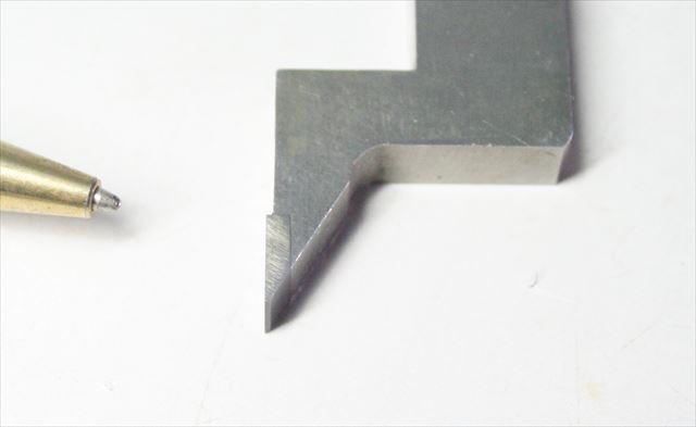 超硬合金とSDKのロウ付け加工画像