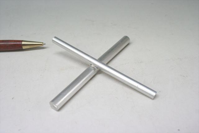 アルミ丸棒(φ5とφ7)のスポット溶接加工画像