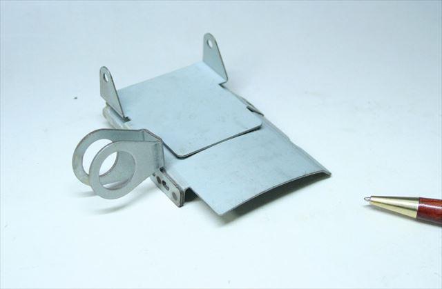 亜鉛メッキ鋼鈑のスポット溶接画像