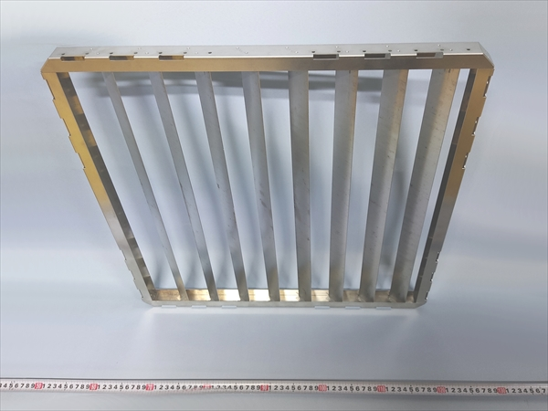 アルミルーバー スポット溶接組立画像