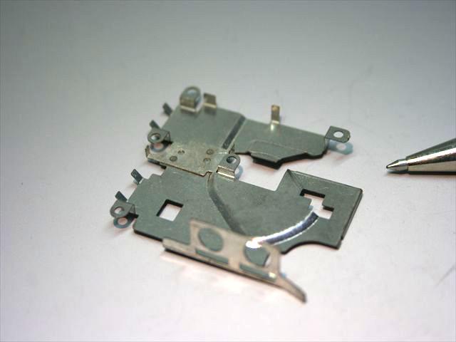 無線機器部品(ブリキとステンレス)のスポット溶接画像
