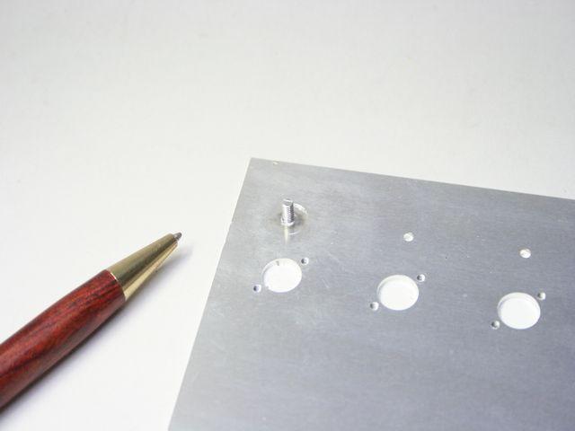 アルミM3ボルトのスタッド溶接画像