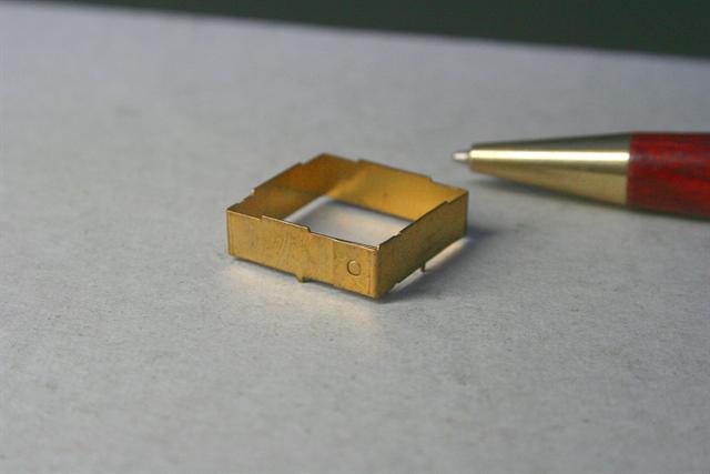 真鍮製シールドケース スポット溶接画像