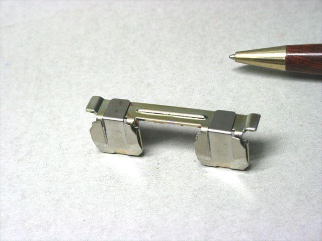 鉄とステンレスのプロジェクション溶接画像