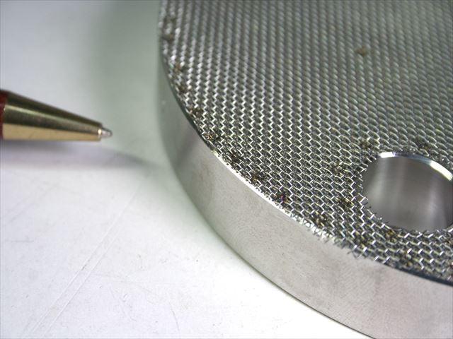 板厚15mmのフランジとメッシュのスポット溶接画像
