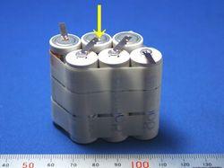 電池タブのスポット溶接.jpg