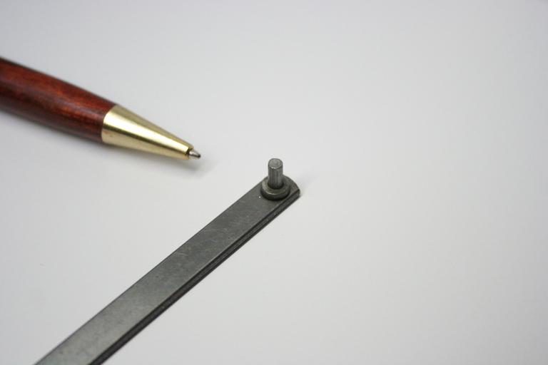 抵抗溶接によるピン溶接(プロジェクション溶接)画像