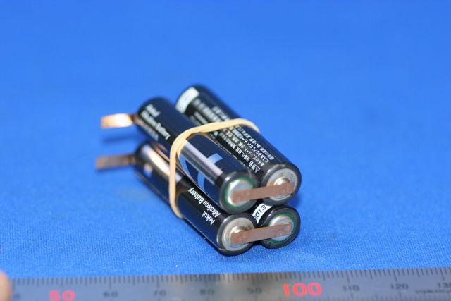 アルカリ単四電池 タブスポット溶接加工(組電池)画像
