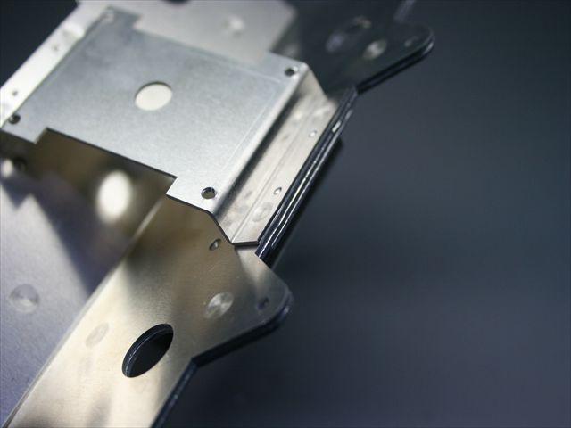 アルミニウムのスポット溶接画像