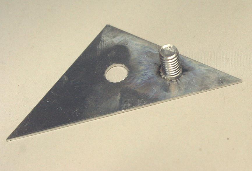 アルミ スタッドボルト溶接画像