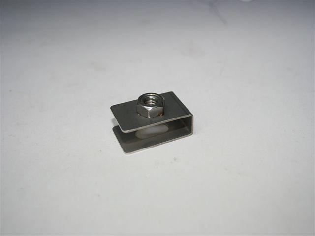 溶接ナットのスポット溶接画像