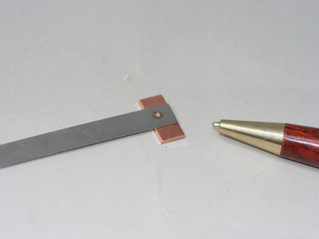 銅プレート・ステンレスプレートの、スポット溶接テスト画像
