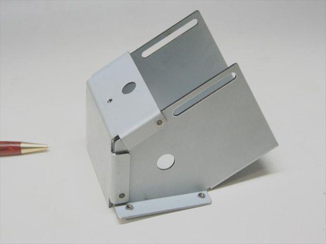 板金部品のスポット溶接画像