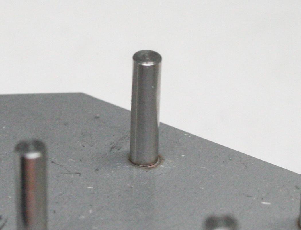 ステンレス製ピンのアークスポット溶接画像