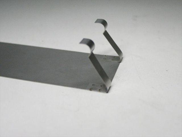 板ばね製作・スポット溶接組み立て画像