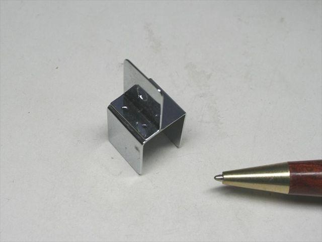 什器金具のスポット溶接・クロムメッキ画像