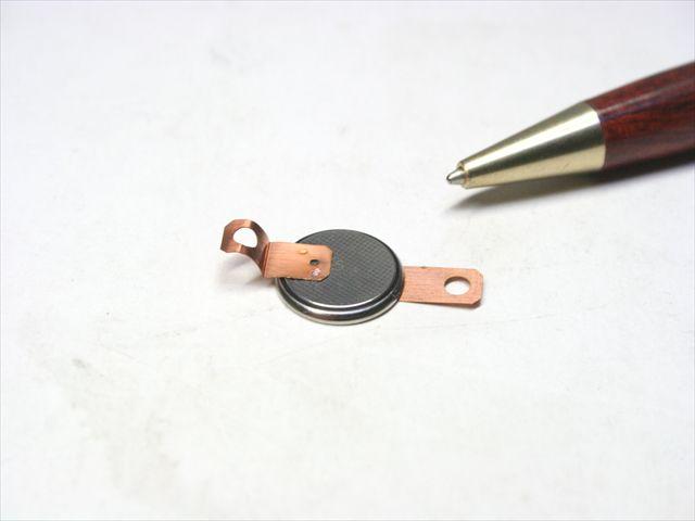 リチウムコイン電池のタブ溶接画像