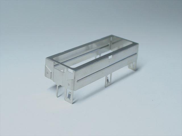 洋白シールドケースのマイクロスポット溶接画像