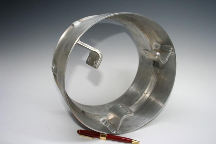 潜水艦空調部品のティグ(アルゴン)溶接画像