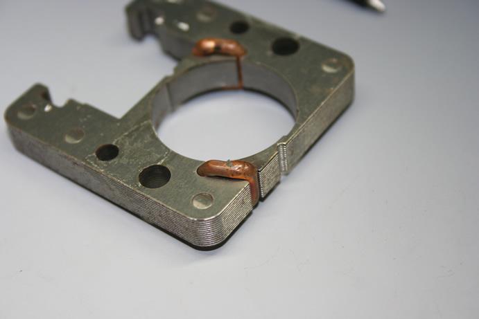 銅線材(φ1.0)のバイパスアークスポット溶接画像