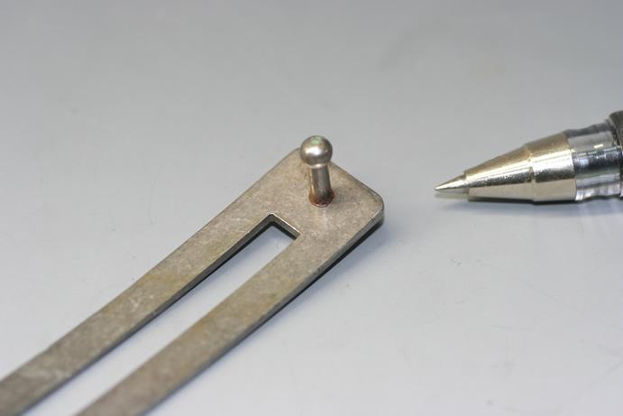 鉄ピン スタッド溶接画像