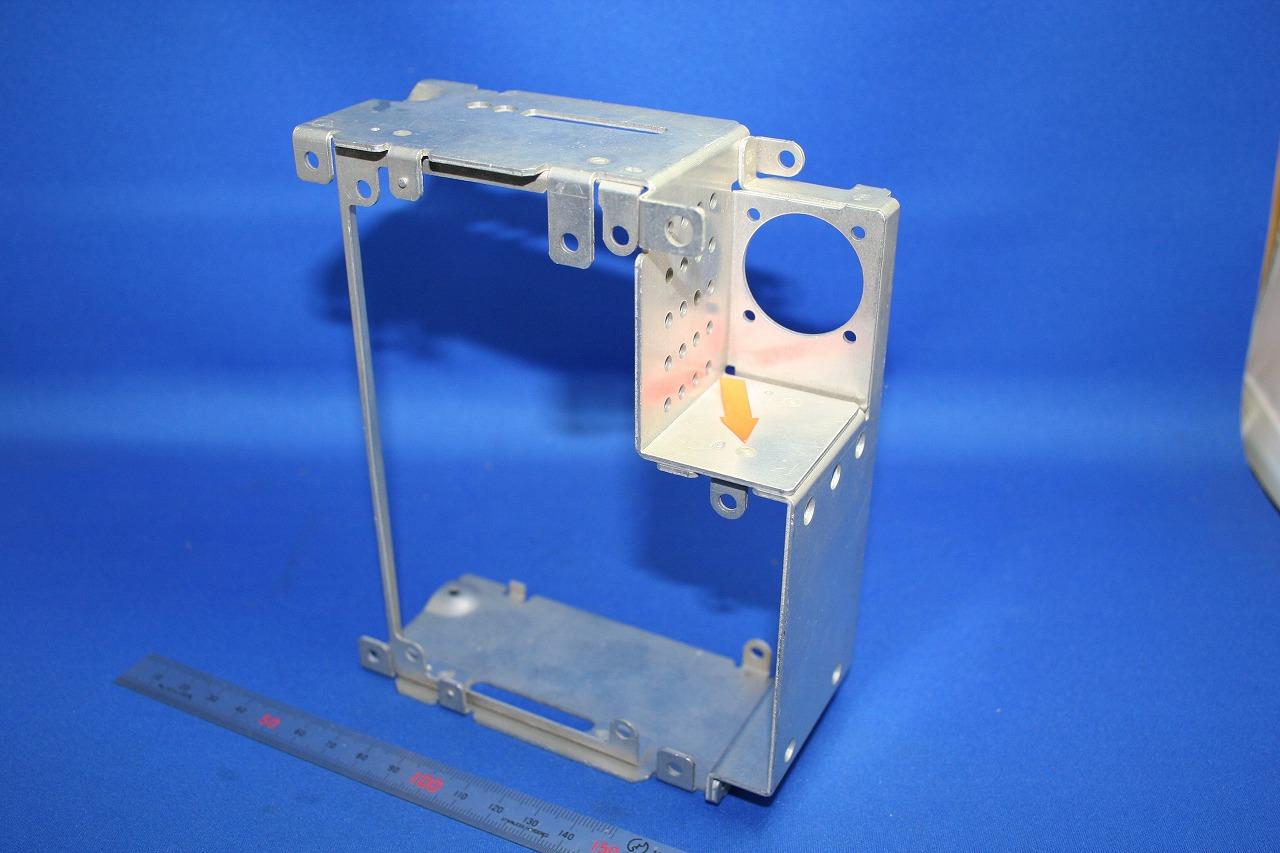 航空機ボイスレコーダーケースのアルミスポット溶接
