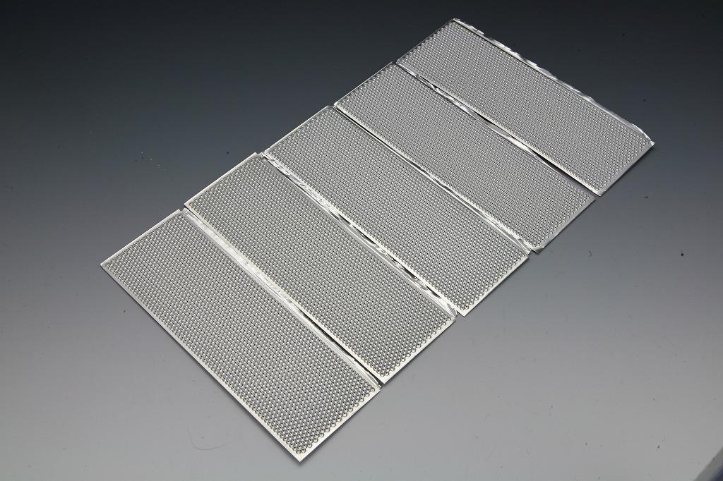 太陽光電池シェルのアルミ薄板スポット溶接組立