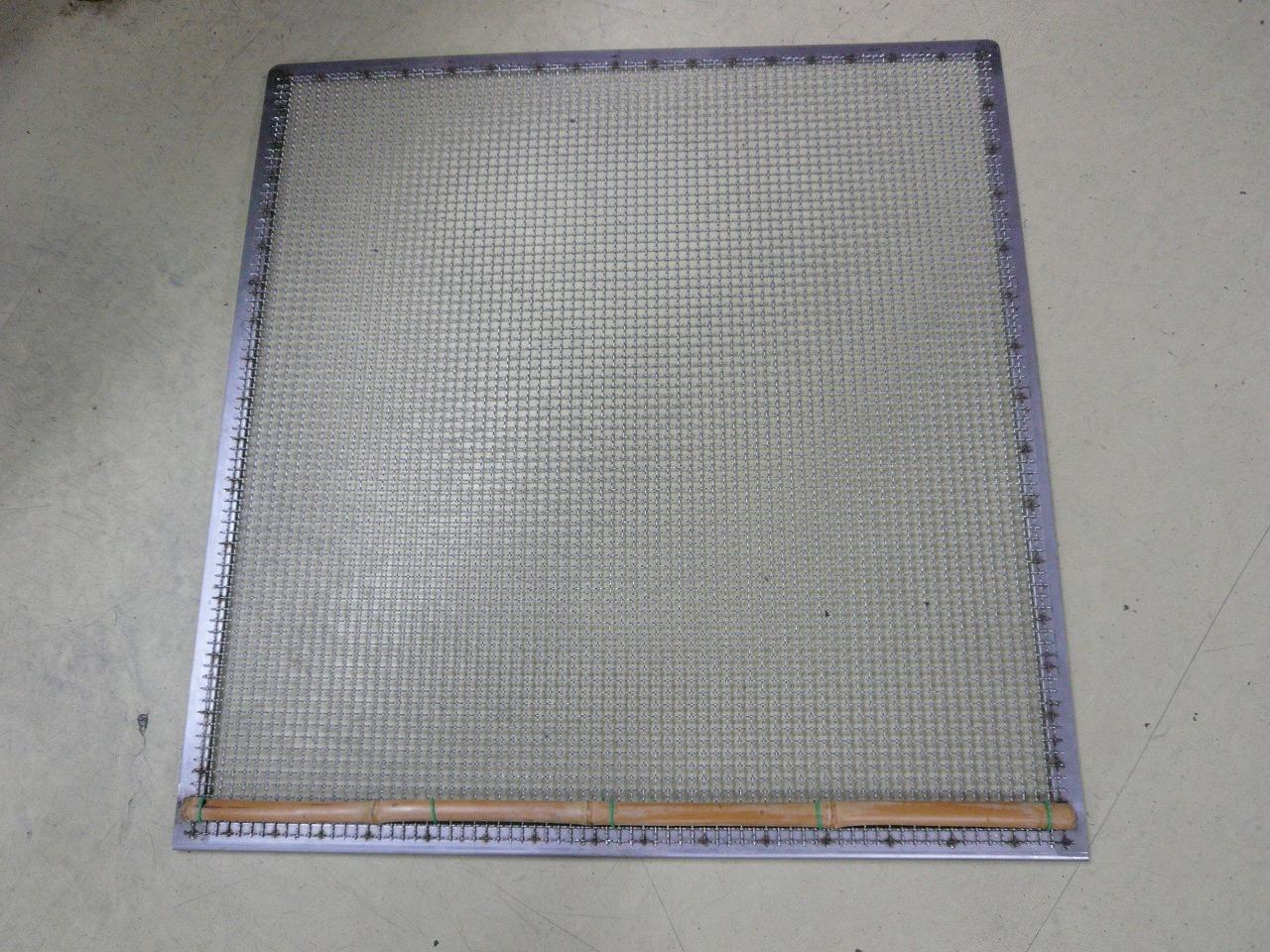 空調機器網蓋の溶接修理